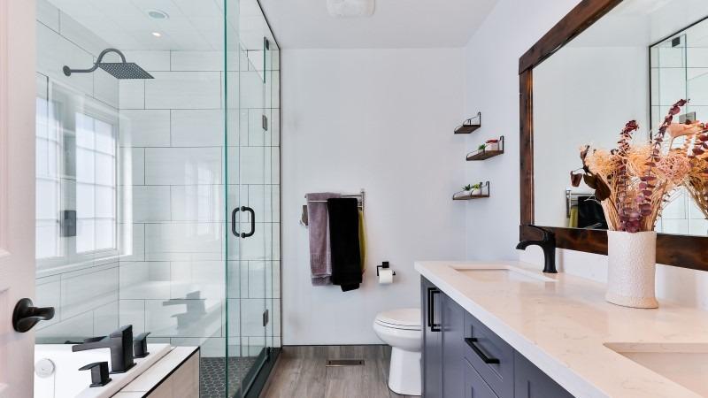 Mirrored Bathroom Las Vegas (LV)